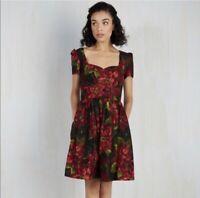 Modcloth Size Medium Poinsettia Black Floral Dress