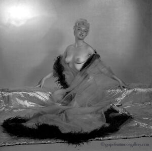 Bunny Yeager 1950s Camera Negative Pretty Blonde Bombshell Boudoir Nude Fine Art