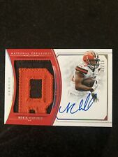 2018 National Treasures Nick Chubb Rookie Material Signature Logo Patch Auto /25