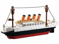 194Pcs DIY Plastic Titanic Ship Small Building Blocks Kids Model Toys 2016