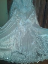 David's Bridal Wedding Dress, All Over Beaded Lace. Size 16