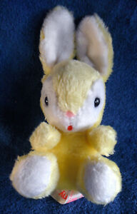 *1912a*  Russ Berrie 1980 - yellow bunny Rabbit called Penny - 24cm - vintage