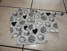 Knotenmützen+Beaniemützen  aus Jersey grau mit Katzen