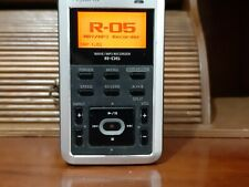 Roland R-05 Multi Track Wave / MP3 Recorder with SD Card