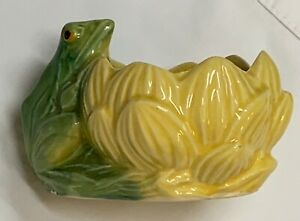 Vtg 1940's Unmarked McCoy Pottery Planter Frog On Lily Pad Lotus Flower