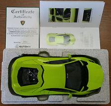 AUTOART SIGNATURE GREEN LAMBORGHINI AVENTADOR LP700-4 1/18 W/ COA - NEW