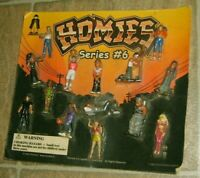 RARE HOMIES Series #6  Minifigures Vending Machine Display Card Urban Figures