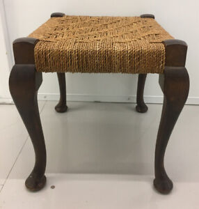 Vintage Rare Retro Seagrass Woven Foot Stool Queen Anne Style Legs