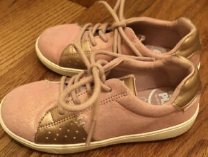 Stride Rite Girl Shoes size 12 Dusty Rose
