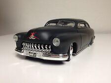 American Muscle die cast metal model car-1951 Chopped Mercury 1:18th scale