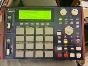 Akai MPC1000 Sampler and Sequencer With Storage Card