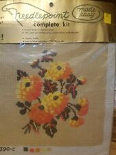 NEW VINTAGE NEEDLEPOINT MADE EASY FLORAL KIT PILLOW PICTURE 100% Wool Yarn 390-C