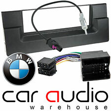 Connects2 BMW 5 Series E39 1995 - 2003 Car Stereo Radio Fascia Fitting Kit 3