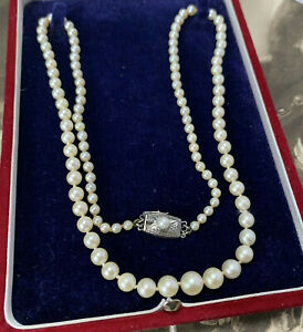 Mikimoto cultured akoya pearl necklace vintage matinee graduated row authentic