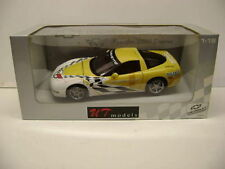 1:18 AUTOART/ UT 2000 CHEVROLET CORVETTE PACE CAR