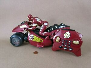 Thinkway Toys Marvel Iron Man R/C Sport Motorcycle With Lights and Sounds, Heavy