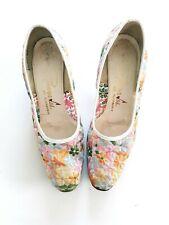 Vintage Women's Serenda Des By Florsheim Spring Embroidered Floral Heels 8.5B