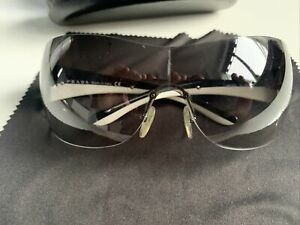 PRADA Sunglasses Men's / Women's And Original Case