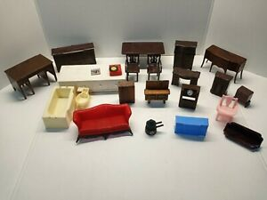 MIX VINTAGE DOLL HOUSE FURNITURE-SET OF ABOUT 22 PIECES AND 1 BEATLES PICTURE.