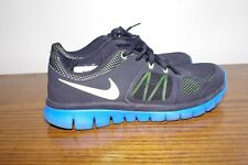 Nike Flex Blue Black Boy's Mesh  Sneakers Size 6,5