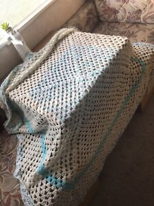 Vintage/ Retro Crochet Knitted Granny Square Blanket Throw LARGE