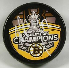 MILAN LUCIC Signed BOSTON BRUINS 2011 STANLEY CUP CHAMPIONS PUCK! 1006820