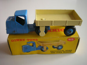 Tracteur et remorque Dinky Toys 415 MECCANO-UK + Boîte d'origine