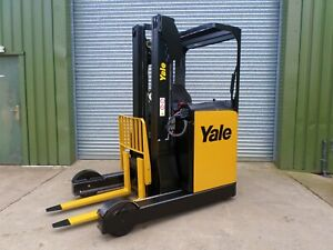 forklift/fork lift/forklift truck YALE REACH TRUCK OUTSTANDING CONDITION