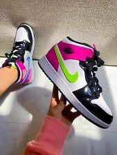 Nike air jordan 1 mid Neon