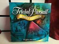 Trivial Pursuit Family Edition Board Game by Hasbro 2001 COMPLETE
