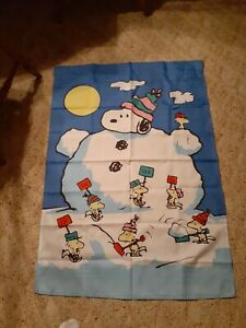 SNOOPY PEANUTS WOODSTOCK SNOWMAN CHRISTMAS WINTER SNOW HOLIDAY LARGE YARD FLAG