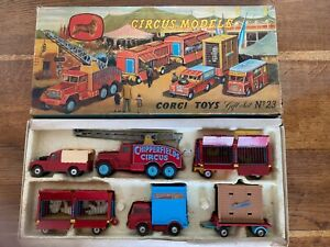 CORGITOYS gift set n°23 Circus models