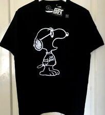 Rare New + Tags Limited Edition UNIQLO UT KAWS X PEANUTS Snoopy Designer T Shirt