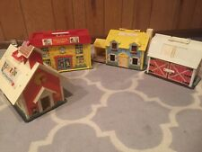 1970 VINTAGE FISHER PRICE LITTLE PEOPLE LOT! HOUSE! HOSPITAL! SCHOOL! BARN!