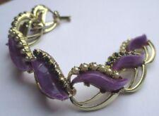 bracelet ancien bijou vintage couleur or cabochon mauve perle cristal vert 1825