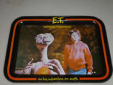 VINTAGE TV TRAY ET THE EXTRA TERRESTRIAL 1982 UNIVERSAL HIS ADVENTURE ON EARTH >