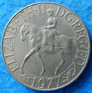 Elizabeth 11 silver jubilee medallion 1977