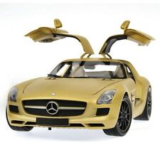 MINICHAMPS MERCEDES SLS AMG GOLD 1:18 (NEW EURO EDITION)***NICE***