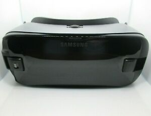 Samsung Gear VR Powered by Oculus SM-R324 USB-C HEADSET ONLY