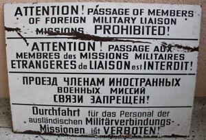 1 Schild Verbotsschild NVA MdI Durchfahrt Ausl. Militärmission Kunststoff orig.