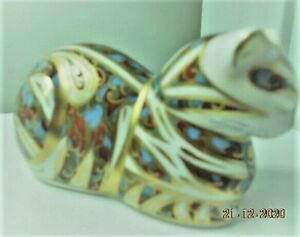 ROYAL DOULTON Crown Derby , Contended Cat Paperweight . BOXED. EXCELLENT COND.