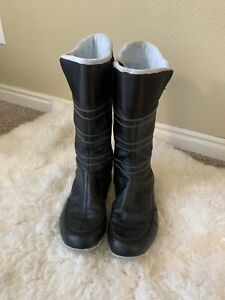 ADIDAS  Leather zip up boots size 9.5