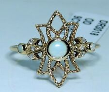 A FINE ART DECO STYLE  9CT YELLOW GOLD CABOCHON OPAL & DIAMOND CLUSTER  RING