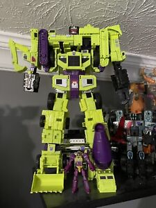 Hasbro B0998 18 inch Transformers Devastator Action Figure Set