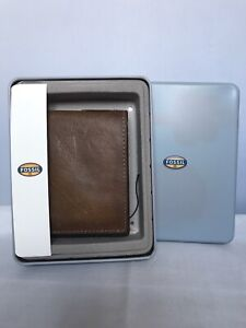 Authentic Fossil Leather Wallet Bi Fold Tan Brown In Original Tin Box Gift Box