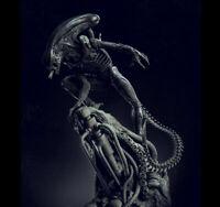 40cm Unpainted and unassembled Alien Xenomorph Diorama 3D Printed Resin Kit