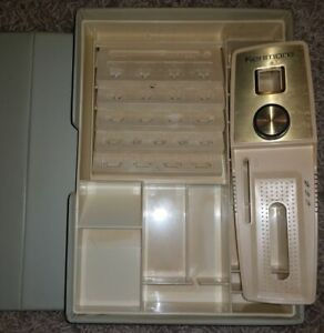 SEARS KENMORE BUTTONHOLER W/5 TEMPLATES, KB-5, EXCELLENT CONDITION