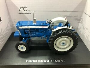 Universal Hobbies UH2808 FORD 5000 (1964) Tractor 1/32 DIE CAST MODEL