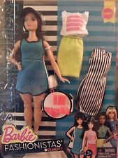 Barbie Fashionistas So Sporty 38 Curvy Dark-Haired Doll with 2 Extra Outfits