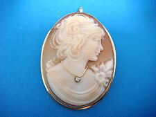 18K GOLD CAMEO PENDANT-BROOCH MADE IN ITALY, 6.2 GRAMS, 37 x 29 MM.